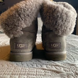 Ugg Bailey Button Boots (9)